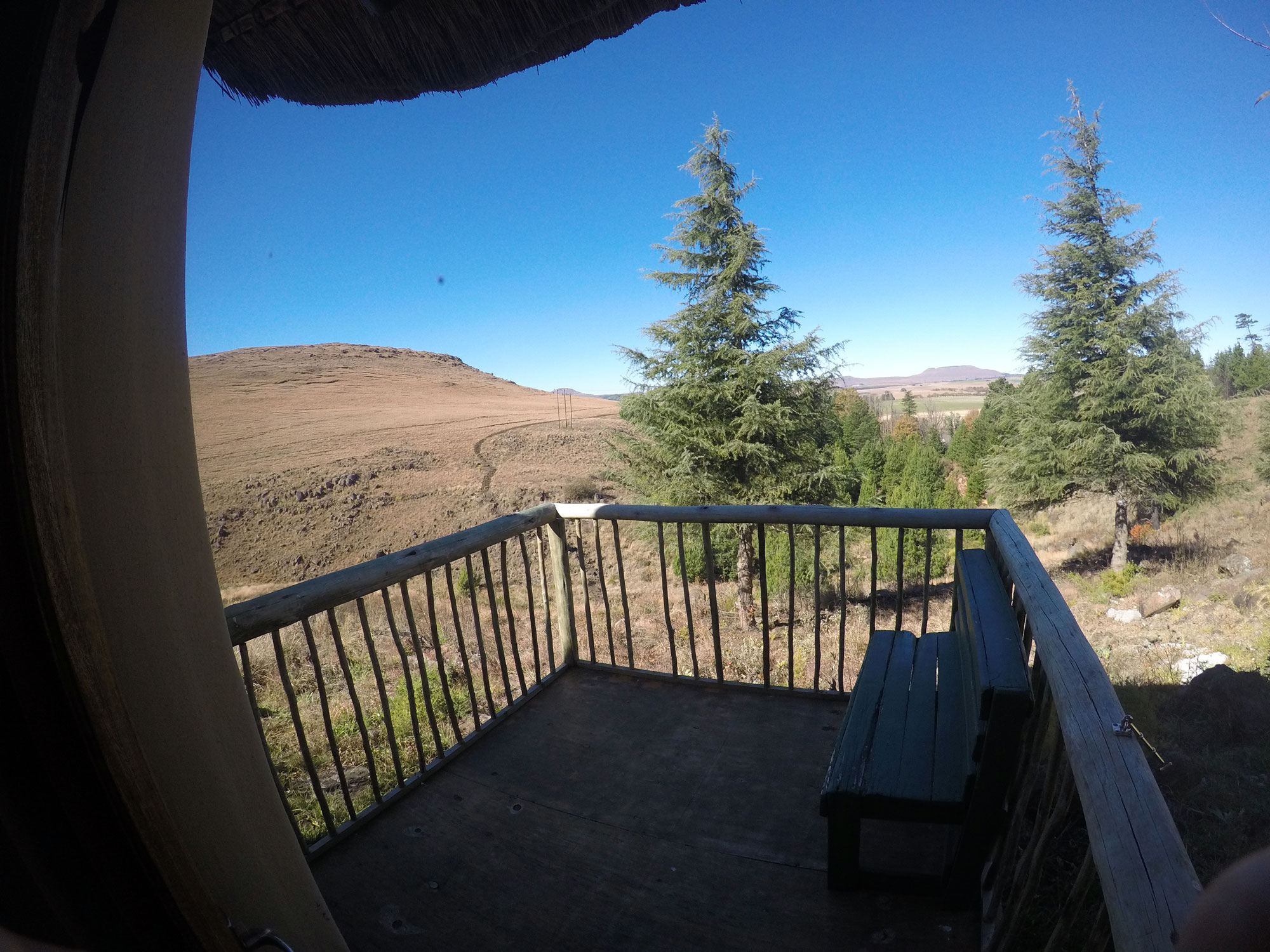 Khotso Lodge & Horse Trails | Rondawels & Log Cabin